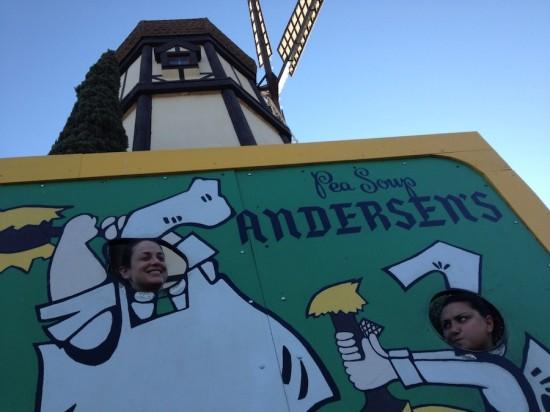 pea soup andersens, santa nella